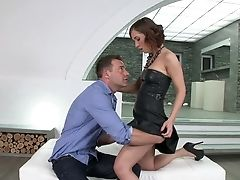 Nubile Gives It To Hot Man That Loves Fucking Her Sub