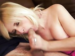 Blonde Loves To Deep-throat And Cant Say No To Hot Fellow