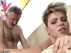 Teenager Tart Gets Her Mouth Spread By Dude's Rock Hard Meat Pole