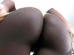 Chocolate With Jiggly Bum And Hairless Poon Gets Gullet Banged By Guys Pulsating Cane