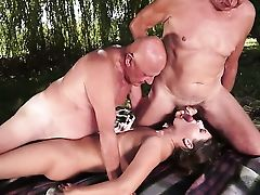 Black-haired Is In Heaven Eating Guys Stiff Cane