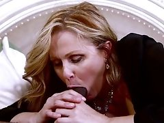 Sean Michaels Can't Fight Back Breathtakingly Beautiful Julia Ann's Attraction And Fucks Her Mouth Like There's No Tomorrow